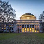 La Universidad se ha Quedado en un Ministerio
