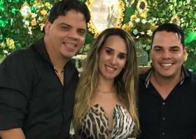 Luciano Genésio ao lado da esposa Thaiza Hortegal e o irmão Lúcio André