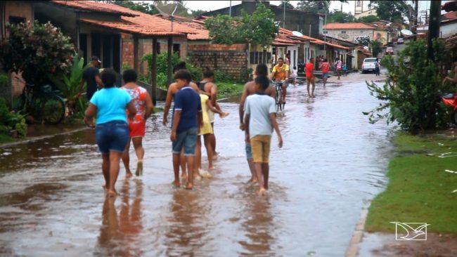 O bairro da Matriz é o mais afetado pela inundação