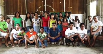 Alunos indígenas do Instituto Bíblico Indígena Peniel