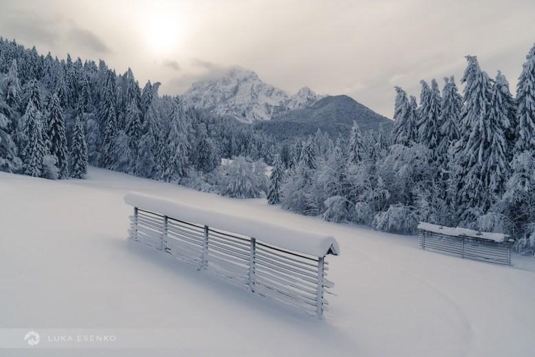 Winter idyll at Rateče / Vedno redkejša zimska idila