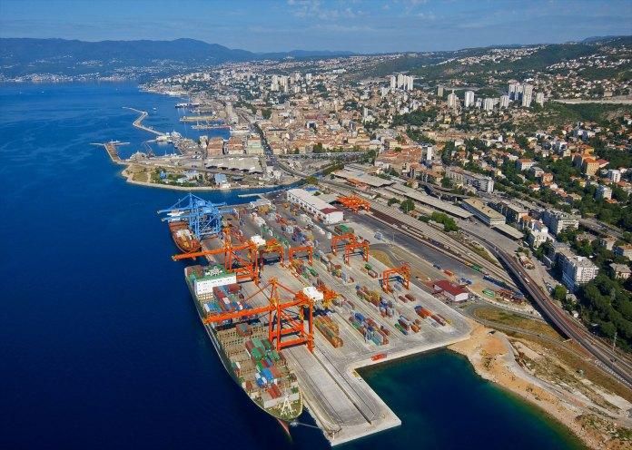Slikovni rezultat za pomorska luka