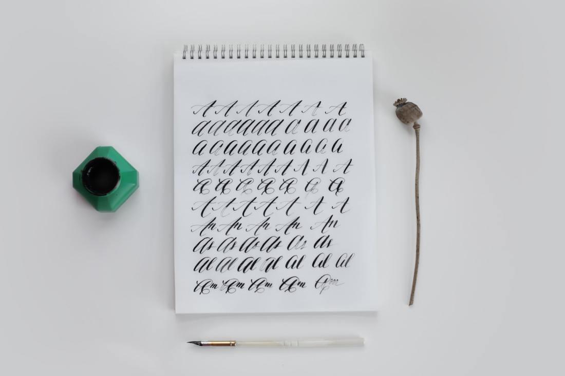 """Steve Jobs belegte am Reed College einen eher """"exotischen"""" Kurs über Kalligraphie"""