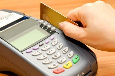 advantages of a debit card