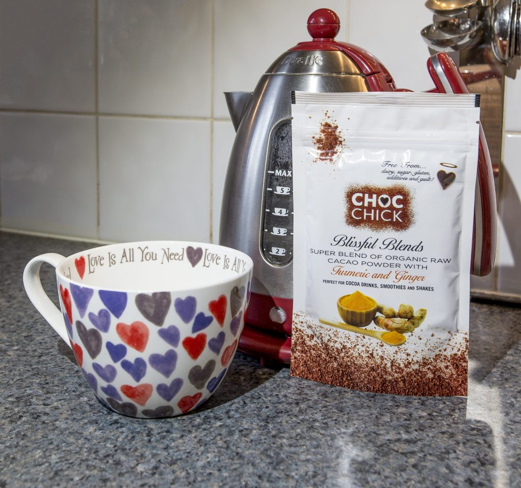 Healthy Choc Chicks Blissful Blends Tumeric and Ginger raw cacao powder review and hot chocolate recipe at http://lukeosaurusandme.co.uk