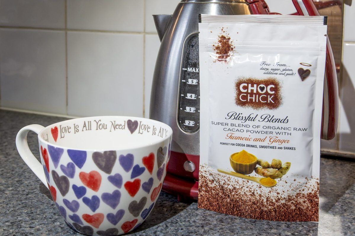 Healthy Choc Chicks Blissful Blends Tumeric and Ginger raw cacao powder review and hot chocolate recipe at https://lukeosaurusandme.co.uk