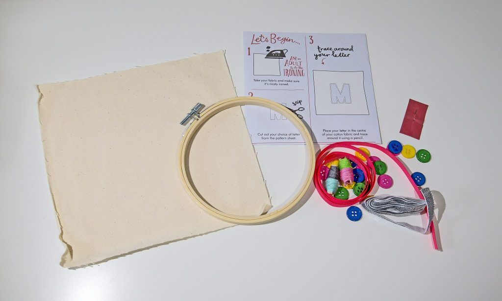 Know a crafty mummy who would love try try her hands at embroidary? Check out this set, with everything included, from Crafter's Companion. Read more and see our full gift guide here https://lukeosaurusandme.co.uk