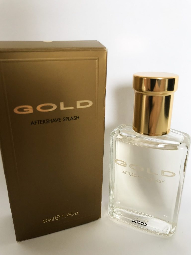 Gold Aftershave, an inexpensive but lavish gift for your dad this Father's Day. Read more here https://lukeosaurusandme.co.uk