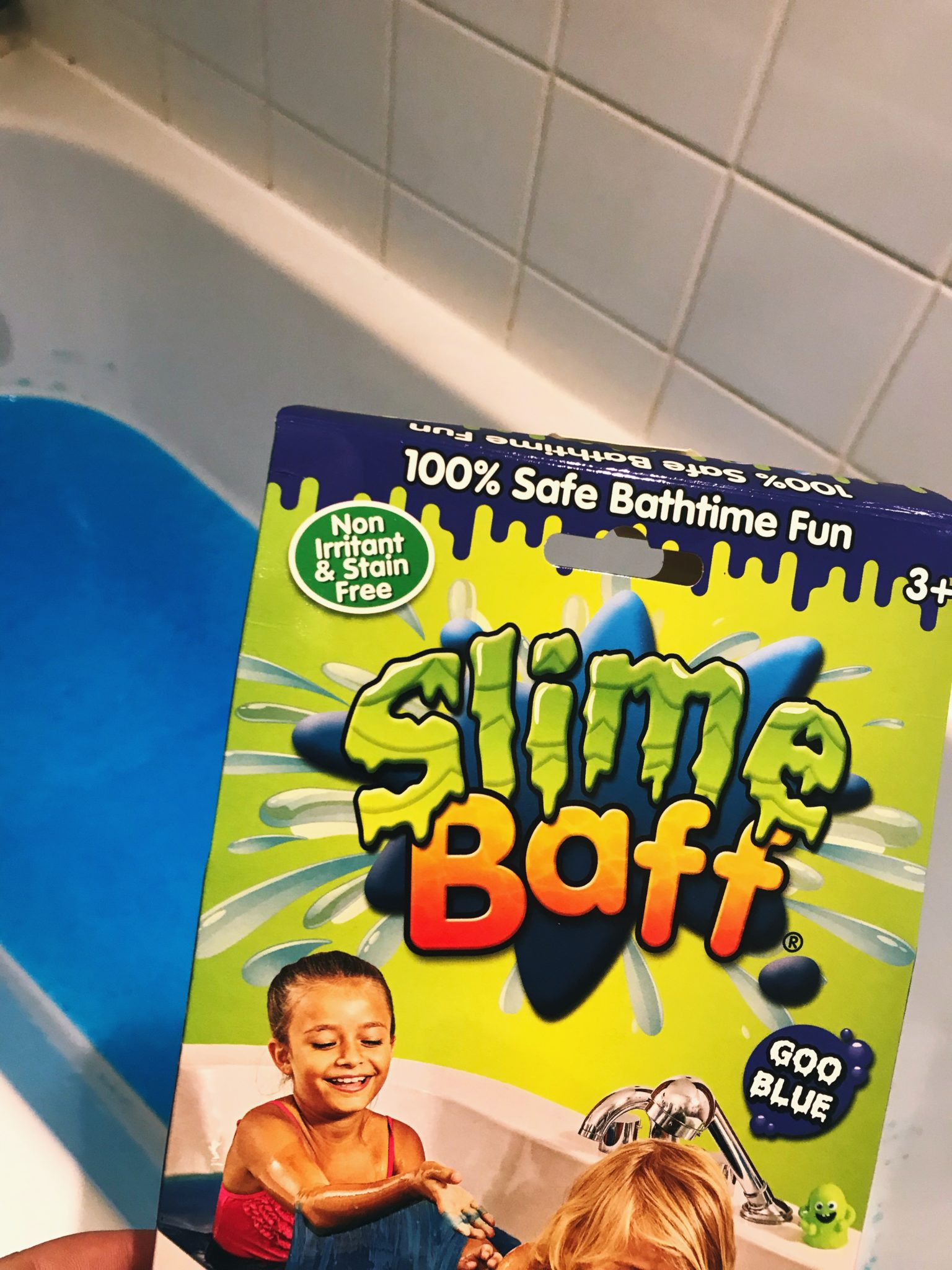Sensory bath play with Gelli Baff and Slime Baff from Zimpli Kids at https://lukeosaurusandme.co.uk