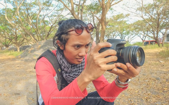 aksi fotografer prewedding
