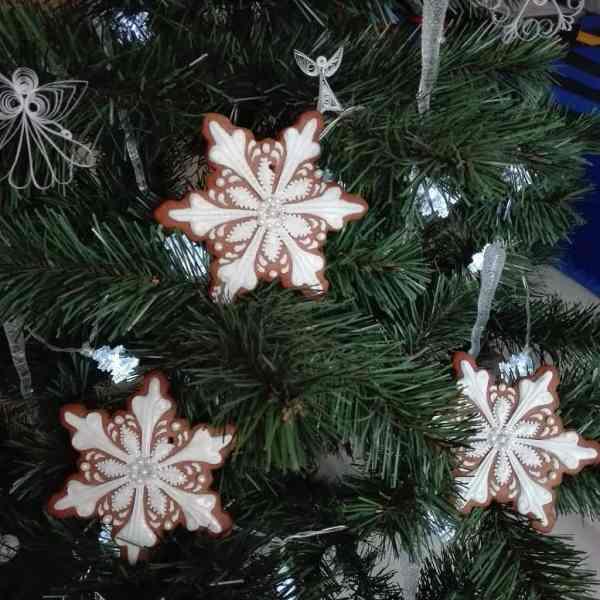 Pierniczki bożonarodzeniowe dekorowane ręcznie, lukrowane ciasteczka, pierniczki na choinkę - Basia sweets