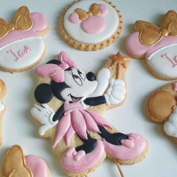 topper na tort, ciasteczka myszka minnie, ciasteczka na roczek, upominki dla gości urodzinowych, lukrowane ciasteczka urodzinowe Basia sweets
