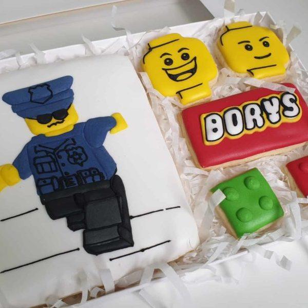 ciasteczka urodzinowe, ciasteczka z lego, lego, lukrowane ciasteczka Basia sweets