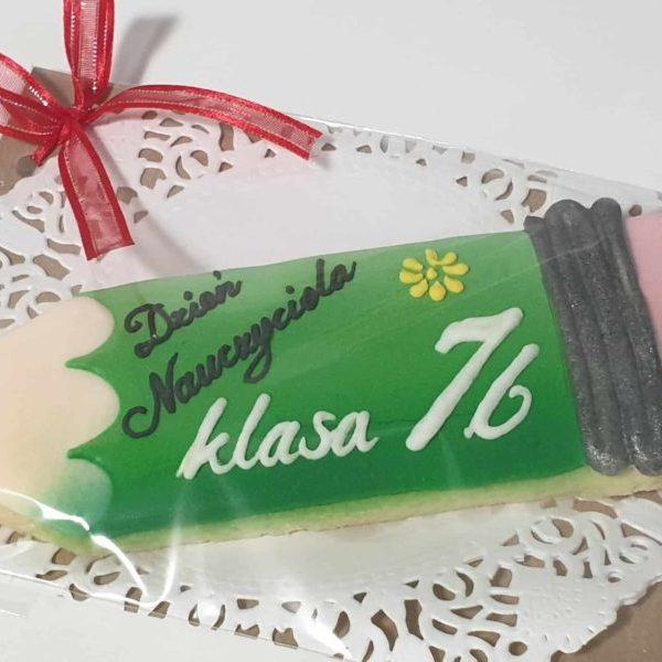 ciastka dla nauczyciela, Dzień nauczyciela, podziękowanie dla nauczyciela, ciasteczka kredki, lukrowane ciasteczka Basia sweets