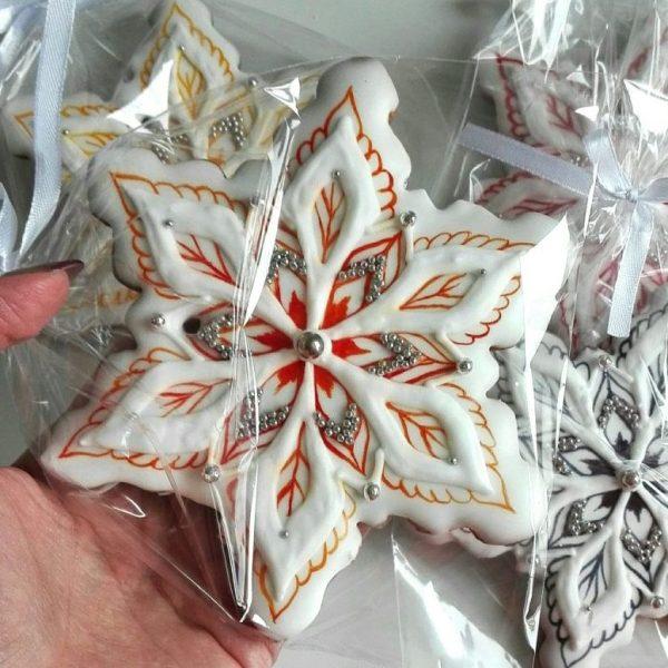 Pierniki lukrowane - Duża śnieżynka 3., ciasteczka lukrowane bożonarodzeniowe, lukrowane pierniczki na zamówienie