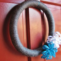 Winter Yarn Wreath Tutorial