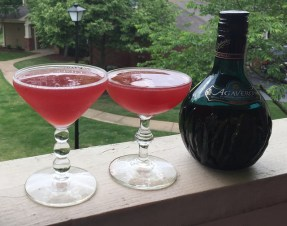 Agavero Pom cocktail