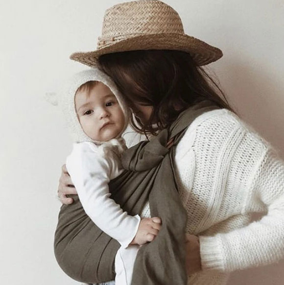 Sling - Bud & Blossom - Olive écharpe porte-bébé sans noeud facile
