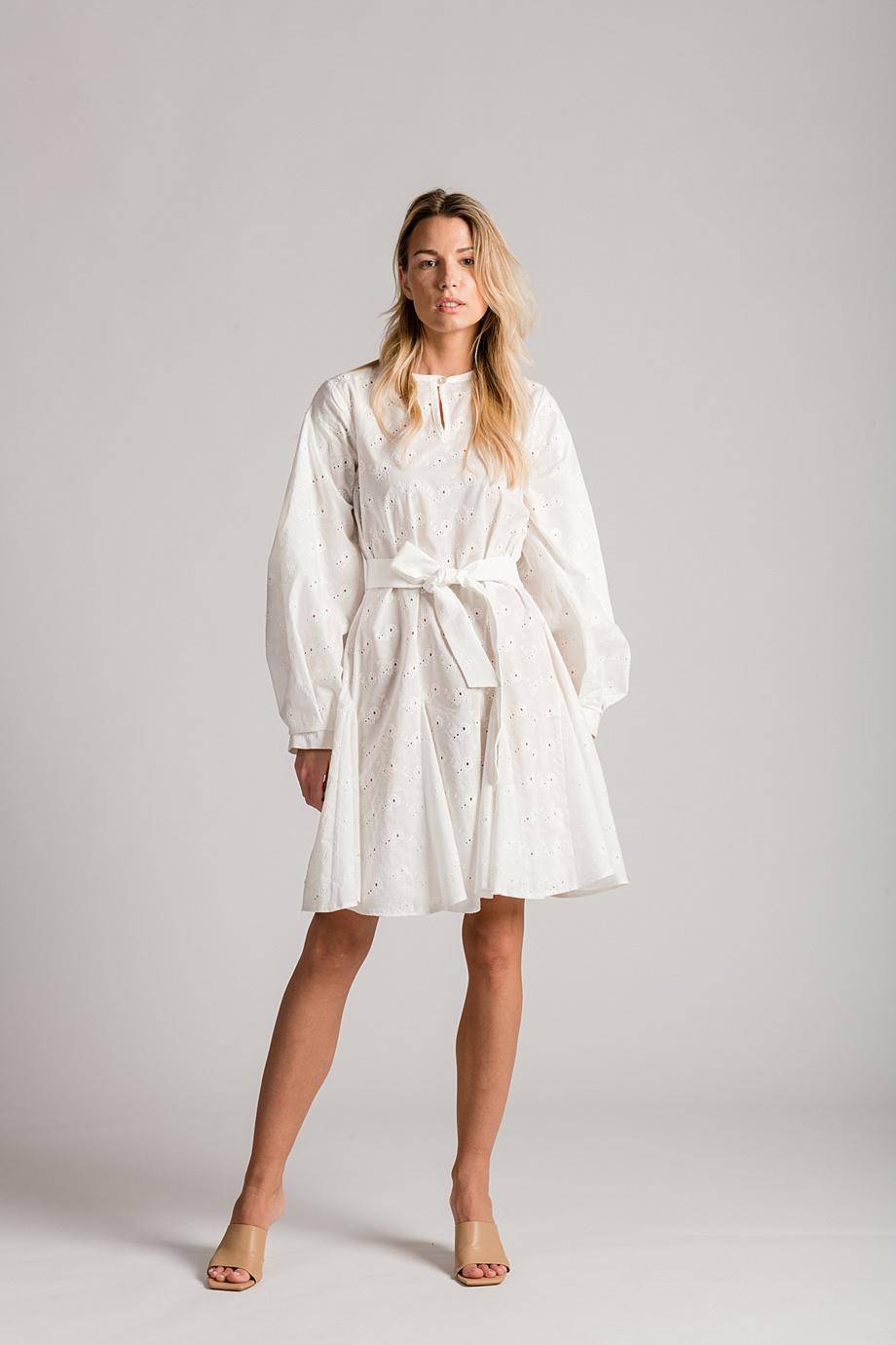 HALJINA VITA - 36-38 - 40-42 - BIJELA BOJA - 100% PAMUK- 1390 KN - LuLu Couture (1)
