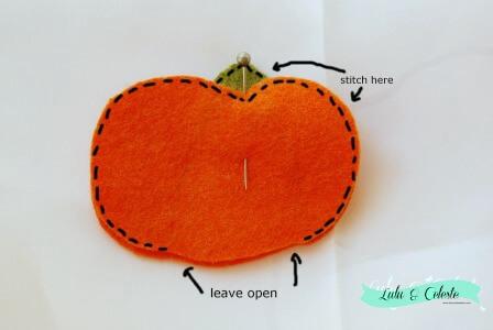 pumpkin finger puppet step 4