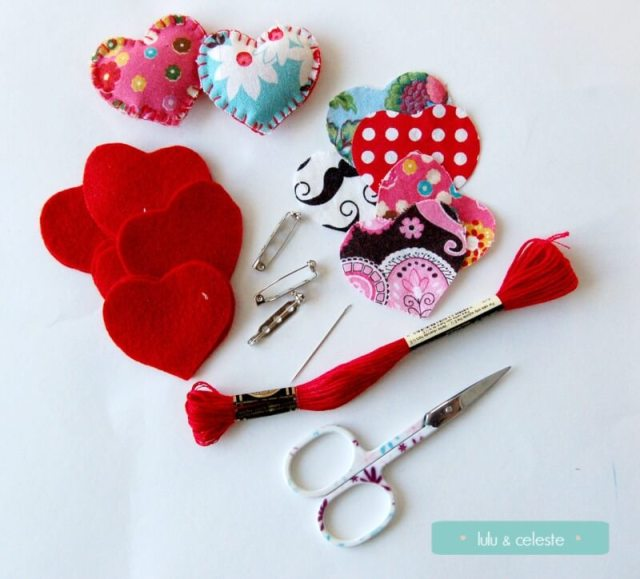 Supplies to make mini felt heart pin