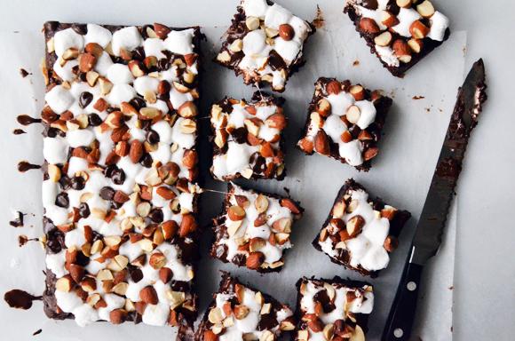 Rocky-Road-Brownies-sliced-FINAL