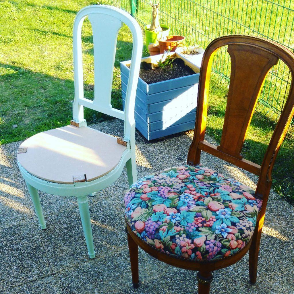 Super relooking bis repetita les chaises rencontrent la box d co couleurs for Evolution de la chaise