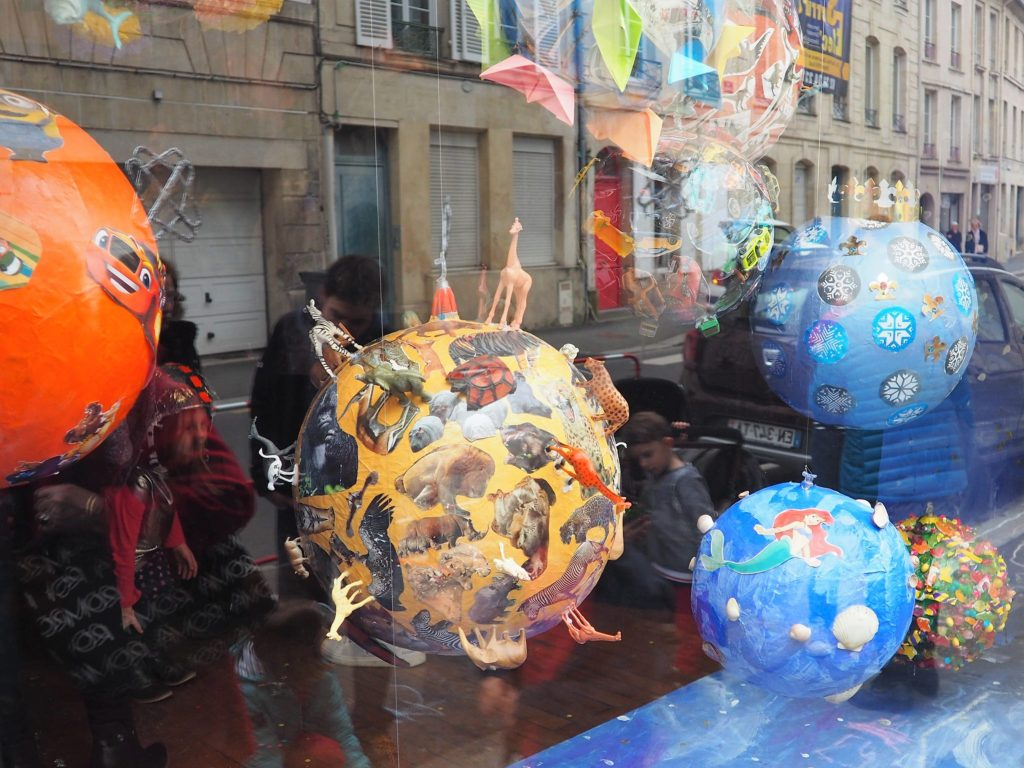 La vitrine de Pop - Planètes