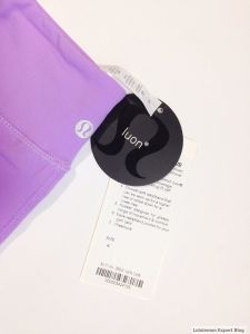 Here, the product tag is attached to the rip-out tag (again) but also, as is often the case, the description is wrong.