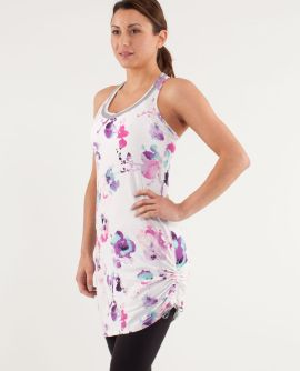 It's a Cinch Dress in Blurred Blossom 2