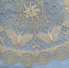 Guipure lace with Torchon lace edging