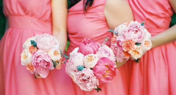 Свадебные букеты розовые для подруг невесты