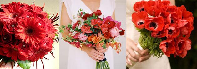 Красные свадебные букеты из разных из маков, гербер и полевых цветов