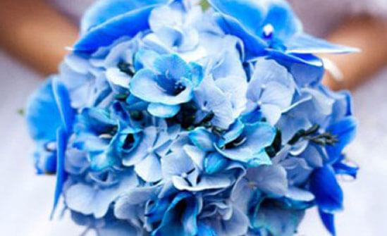 Красивый свадебный букет синий