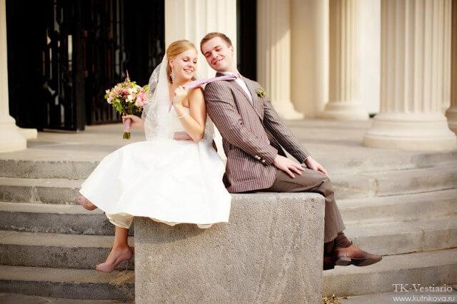 На фото жених и невеста