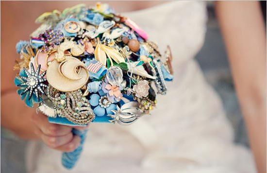 Букет невесты из брошек