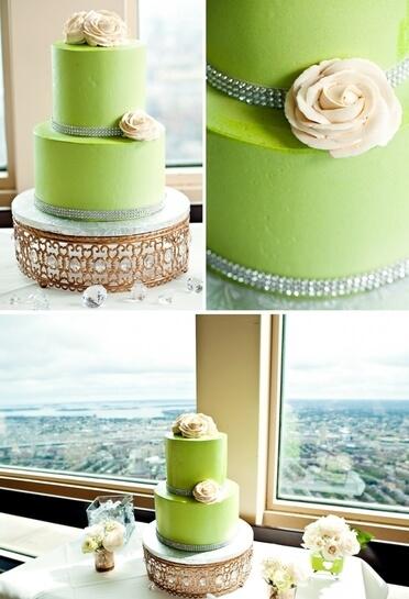 Торт в зеленой глазури