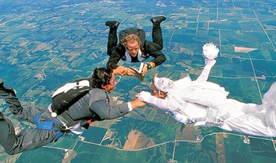 свадебный полет над землей