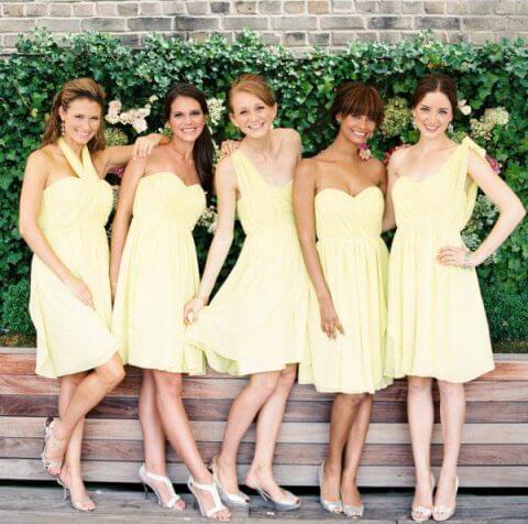 лимонного цвета платья подружек невесты