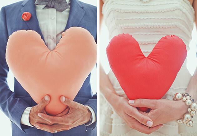 Декор свадьбы сердечками в стиле Лав ис