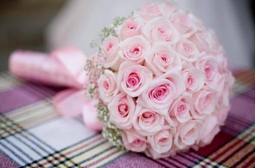 розовый букет невесты из роз