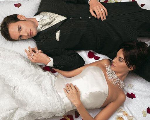 жених и невеста на белом фоне