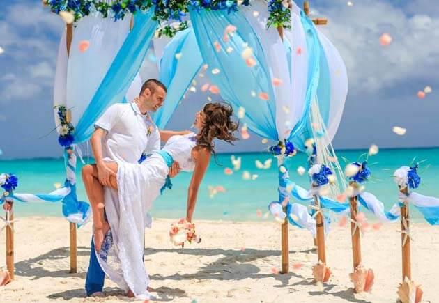 красивая свадьбана мальдивах
