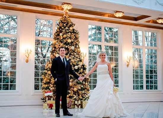 новогодня елка на свадьбе