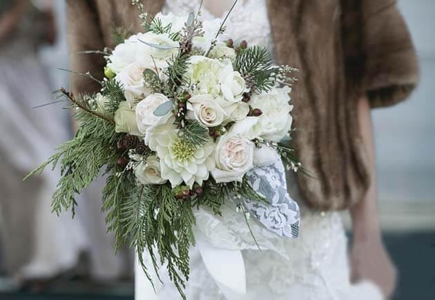 зимний букет невесты с ветками