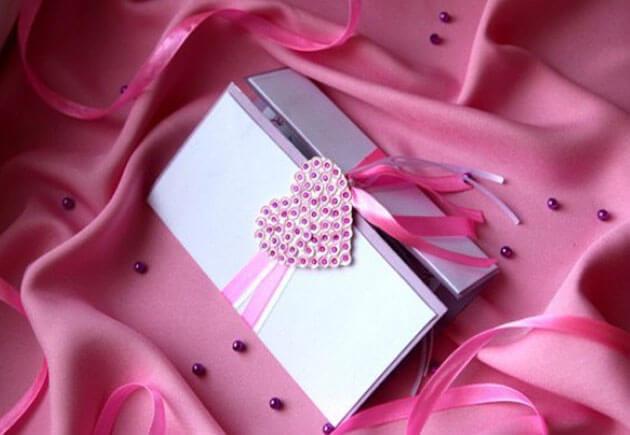 свадебное приглашение с сердцем