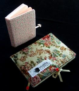 O pequeno é de todas, o grande é o nosso livro de presença. By Raquel, do Jane Austen