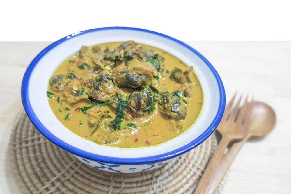 Zuppa di lumache, patate e bietola