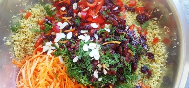 Salade de quinoa parfumé au colombo, poivron, carotte et cranberries