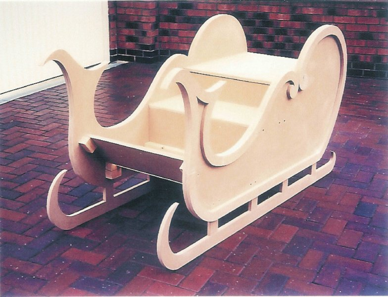 23 Elegant Santa Sleigh Woodworking Plans   smakawy com Excellent The Couple Happily Volunteer Dozens Of Hours As Santa And Mrs  Claus  Traveling To